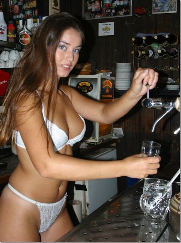 beer-drinking-girls-10