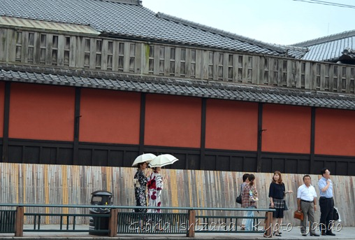Gloria Ishizaka -andando por Kyoto - 4