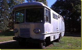 Vintage motorhome3
