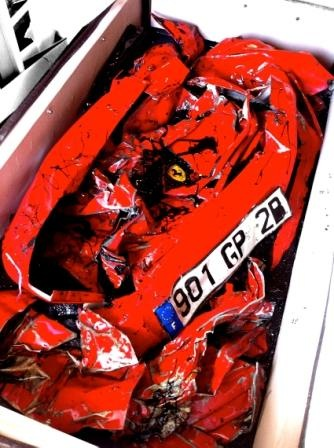 Charly-Molinelli-Crashed-Ferrari-Table-F