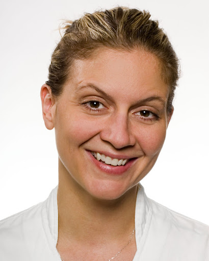 Chef and television personality, Amanda Freitag hosts