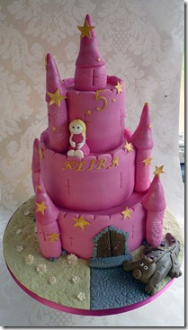 3-tier-pink-castle-cake