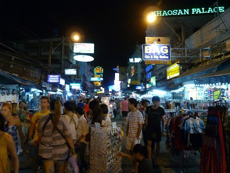 04. Khao San by night.JPG