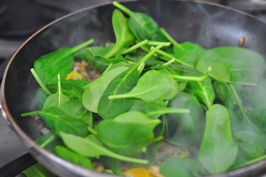 quninoa_spinach21