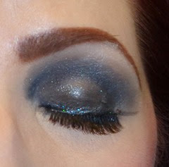 Wearing SEPHORA Mini Glitter eyeliner in Evening Blue