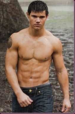 taylor-lautner-shirtless_8IGag_2263