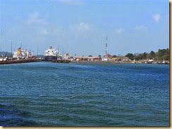 20140307_approaching Gatun Locks (Small)