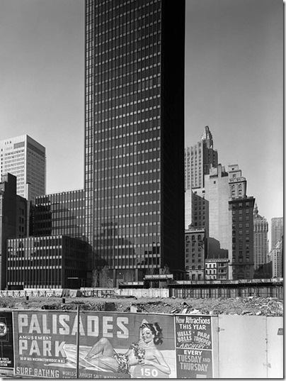 Ezra Stoller_Seagram Building, Mies van der Rohe with Philip Johnson, New York, NY, 1958 3