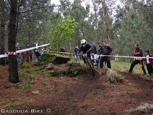 Foto 18 de 32. Vigo Bike Contest 2012. Mini DH. 2ª Manga