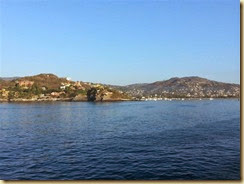 20140224_Zihuatanejo from ship (Small)