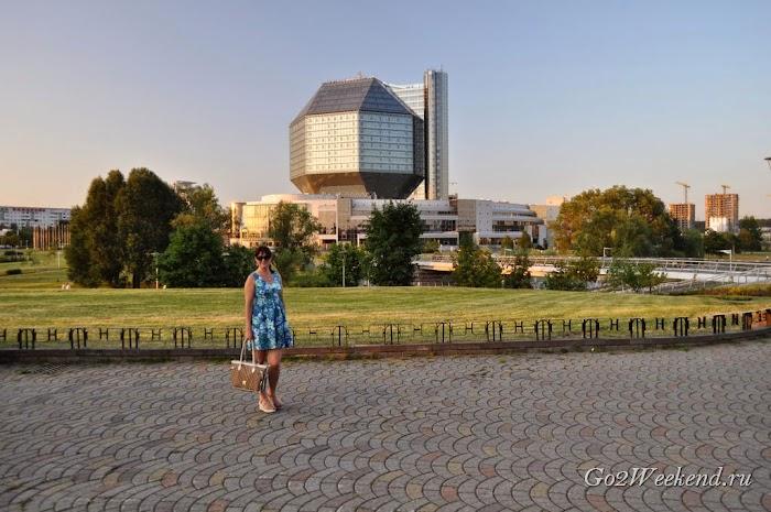 Minsk_nazionalnaya_bibliotekag