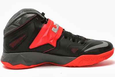 nike zoom soldier 7 gr black grey red 2 02 Nike Zoom Soldier VII   Miami Heat Away   Available Now