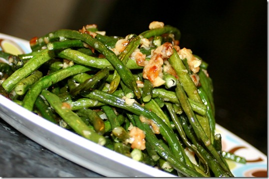 Long beans with garlic
