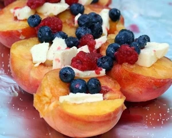 camping dessert peaches