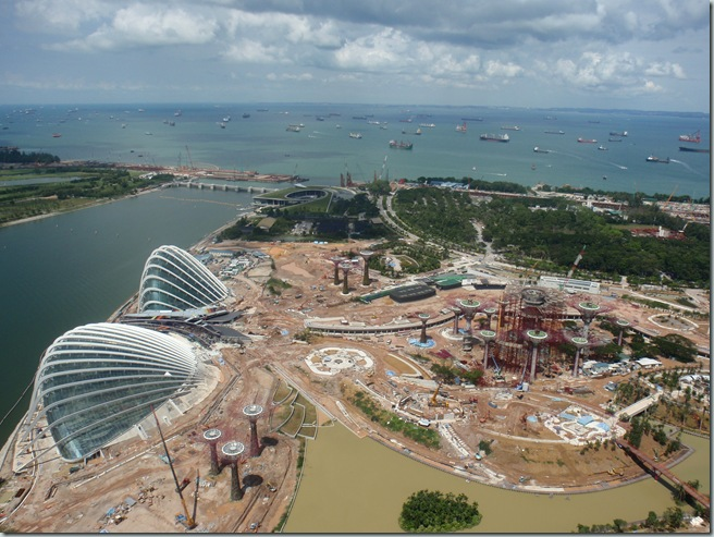 Gardens_by_the_Bay_Singapore_Construction_Work_at_July_2011