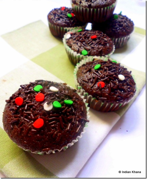 Easy Vegan eggless butterless chocolate cupcake recipes