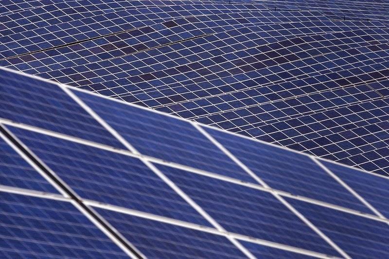 les-mees-solar-farm-8