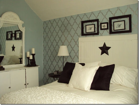 friday feature--stenciled wall from ashleys thrifty living blog