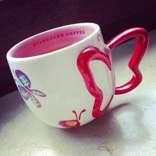 2 Tee aus der Schmetterlingstasse