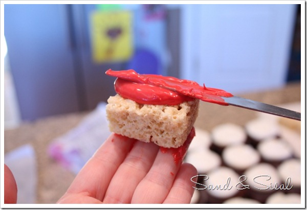 coat rice krispies with candy