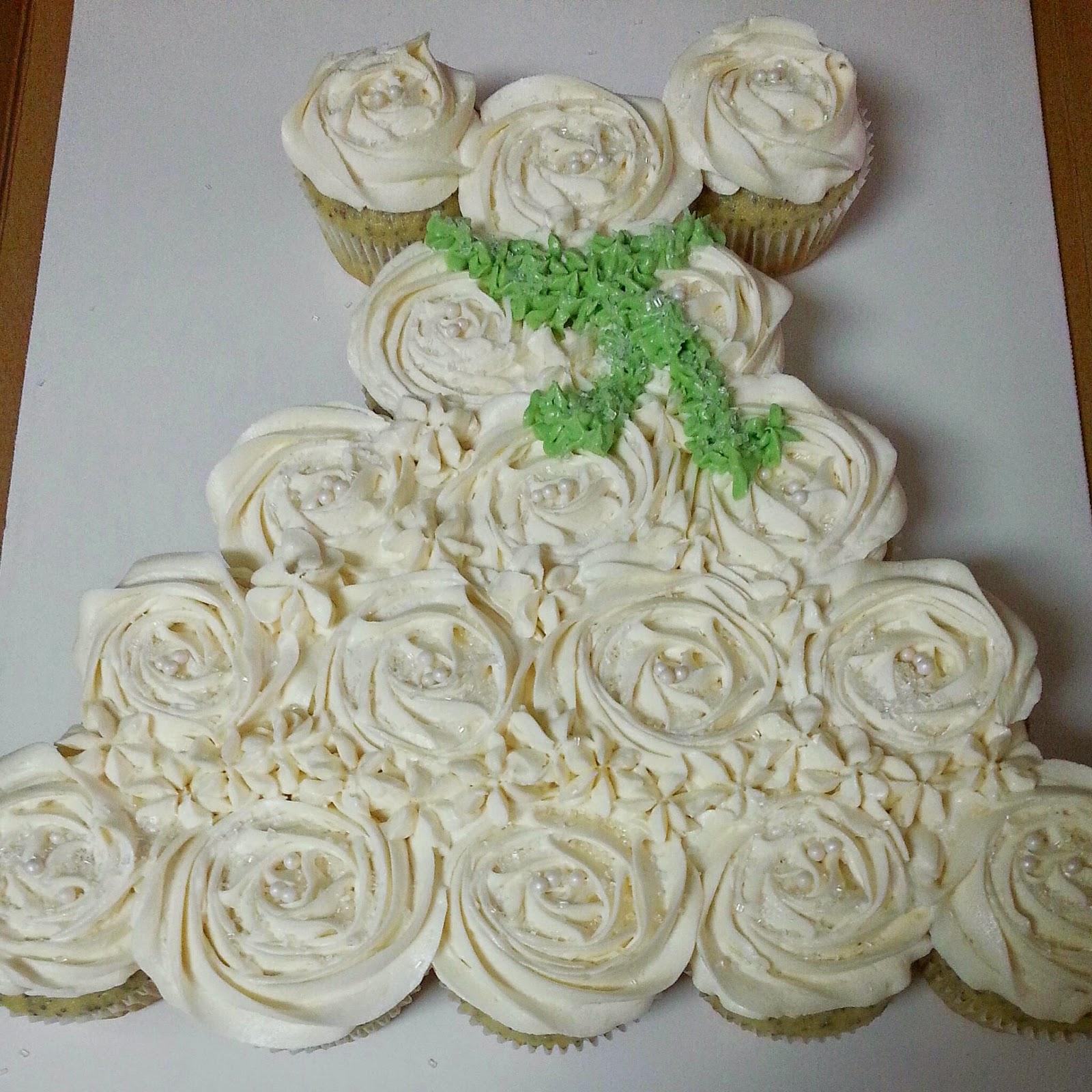 Stephanie s Sweets and More Wedding Dress Cupcake Cake 2 0