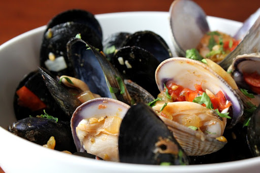 Venus Clams and Carlsbad Mussels a la Mexican