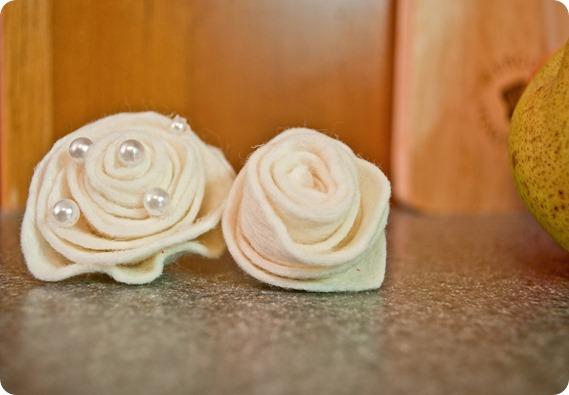 rosettes white 2