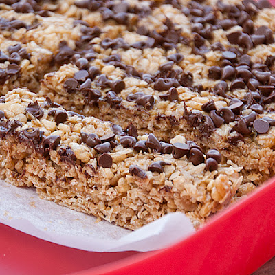 Kids in the Kitchen – No Bake PB and Chocolate Granola Bars