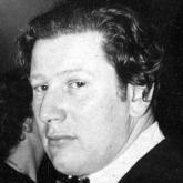 Peter Ustinov cameo