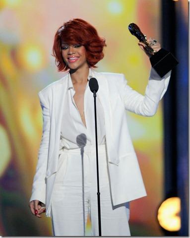 Rihanna 2011 Billboard Music Awards Show Las bCtARyd6VHPl