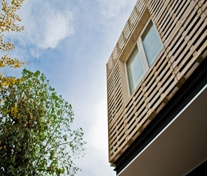 Fachadas-de-madera-ventiladas-Casa-MB