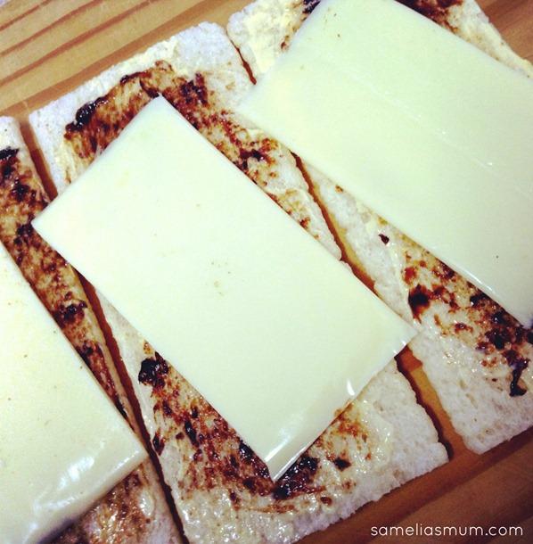 Cruskits with Vegemite & Cheese