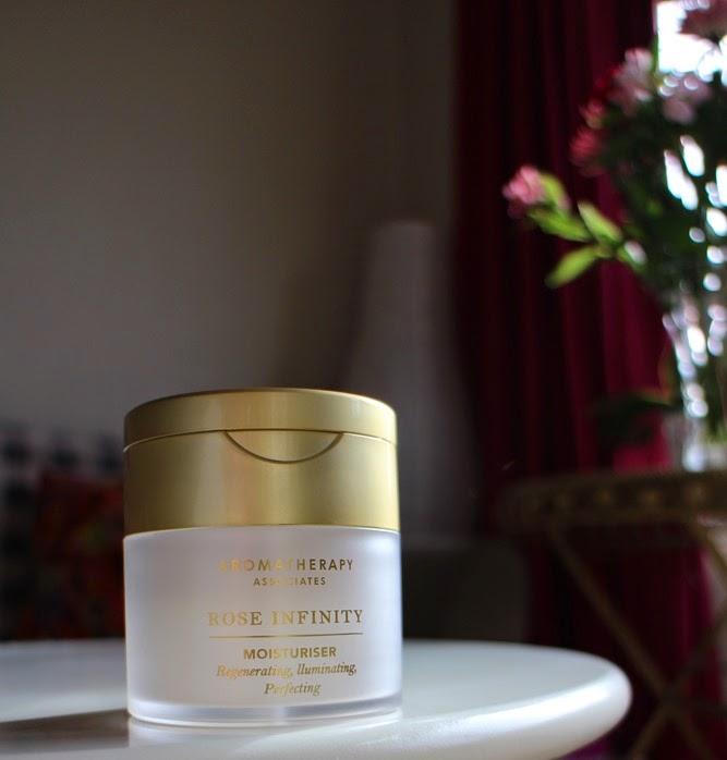 Aromatherapy-Associates-Rose-Infinity-Moisturiser-review