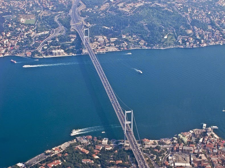 istanbul-bosphorus-10