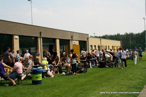 sss 18 familie en sponsorentoernooi 05-06-2011 (31).JPG