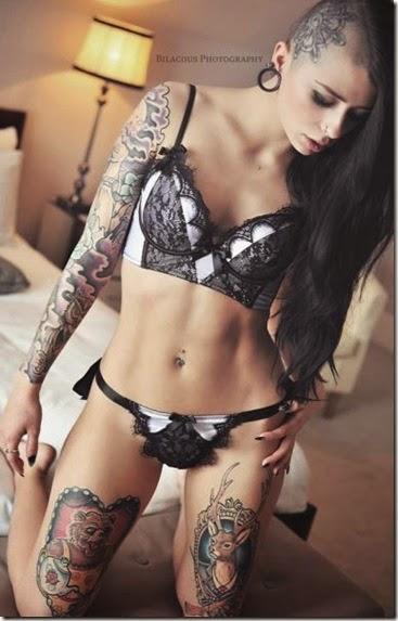hot-tattoo-women-023