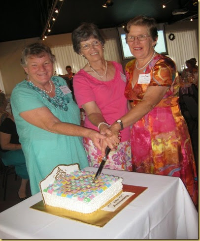 Cutting of the 30 cake