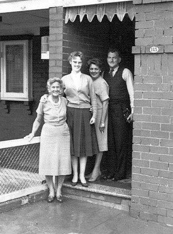 Beatrice, cousin Tessa , Marjory, Llyn 1961