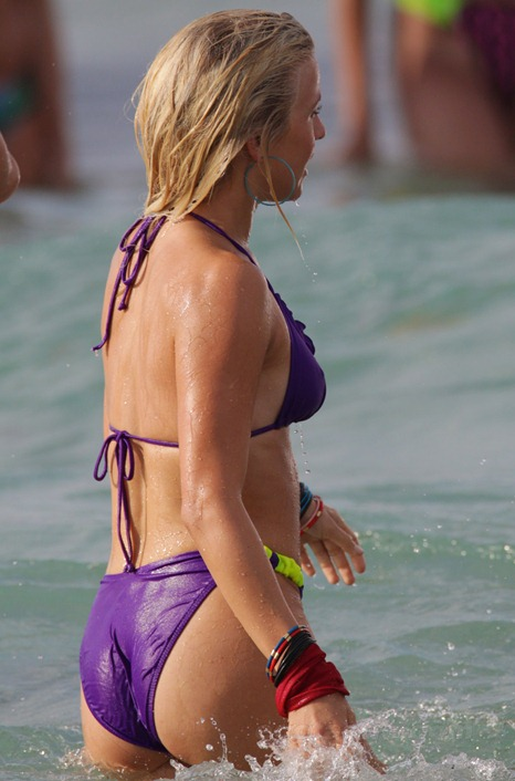 julianne-hough-purple-bikini-rock-of-ages-shooting-11
