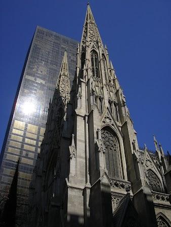 Obiective turistice SUA: St. Patrick's, New York