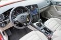 2013-Volkswagen-Golf-33