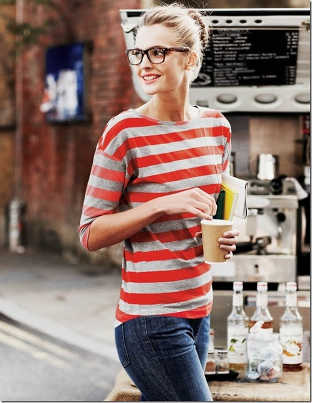 Loving this stripe top- perfect for Summer -design addict mom