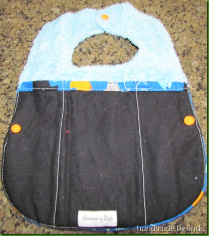 fold and go bib 004