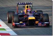Vettel nelle prove libere del gran premio d'Italia 2013