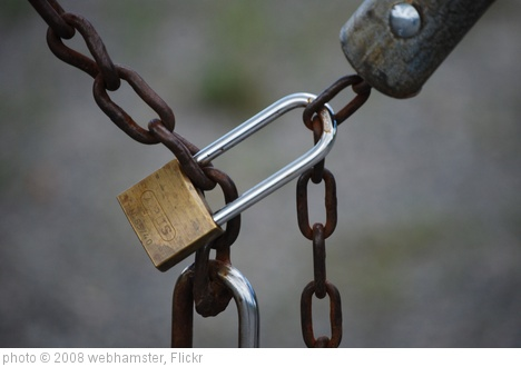 'Lock And Chain' photo (c) 2008, webhamster - license: http://creativecommons.org/licenses/by/2.0/