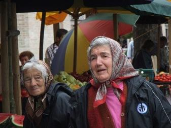 señoras en el mercado de Szeged (Hungría)