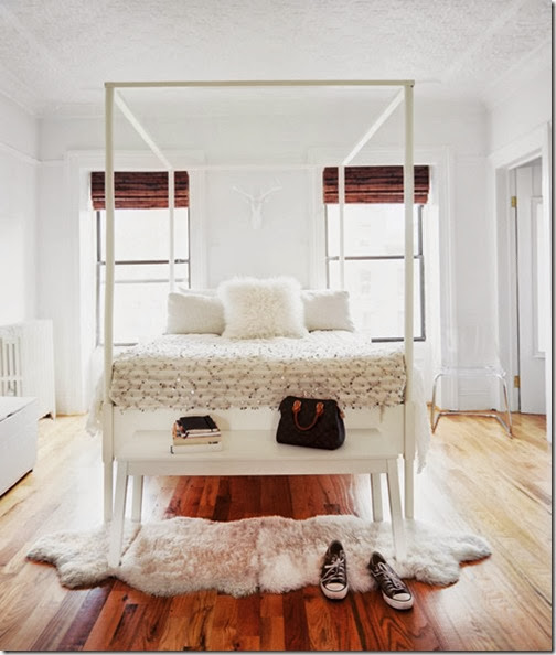 Brooklyn-apt-bedroom-white-canopy-bed-Moroccan-wedding-blanket-fur-bench-Michelle-Adams-Lonny-Nov12