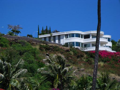 Oprah Winfrey Hawaii Farm Home