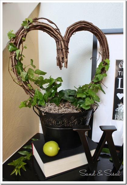 heart topiary (553x800)