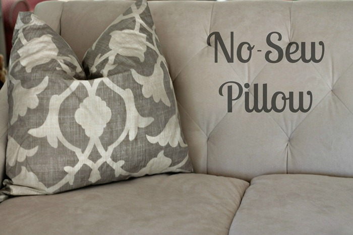 How To Make Throw Pillow Cover No Sew : Bella Mia: No-Sew Pillow